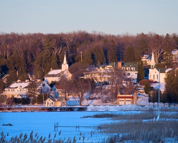5 Ways To Explore Door Countys Winter Magic Midwest Living