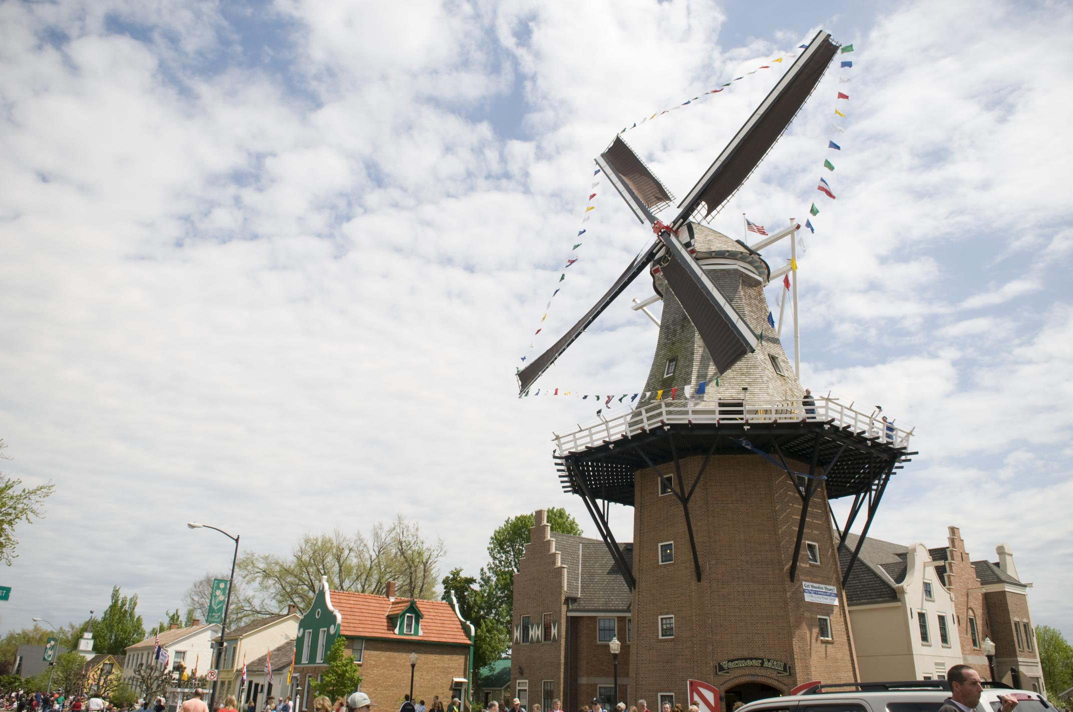 Vermeer Windmill in Pella is the tallest working windmill in the nation.
