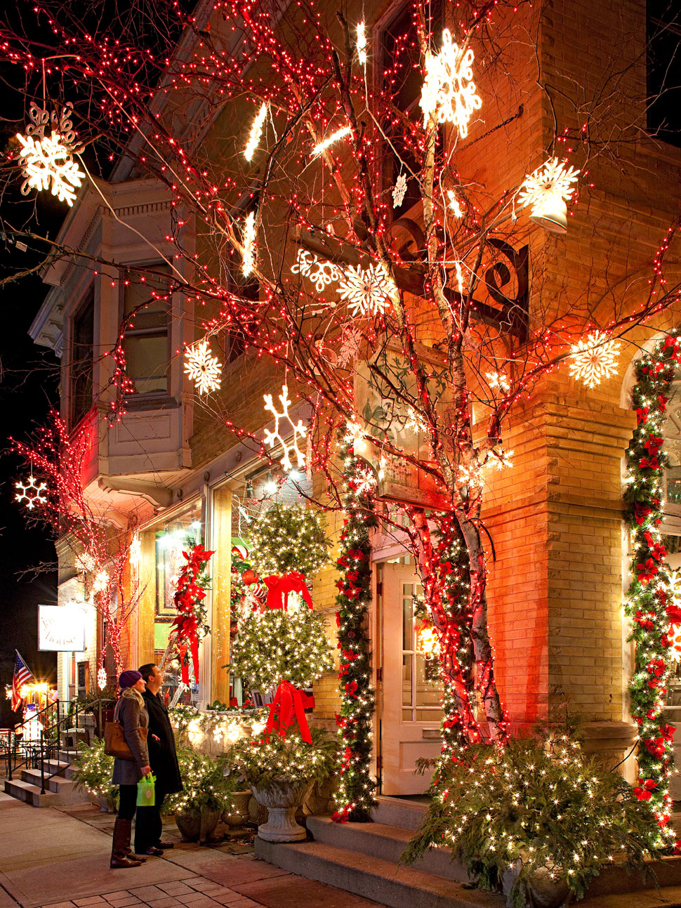 Holiday Shopping In Cedarburg Wisconsin Midwest Living