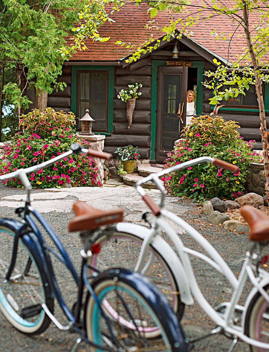 Spider Lake Lodge Bed and Breakfast. Hayward, Wisconsin.