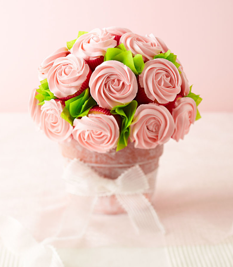 Bake a Cupcake Bouquet | Midwest Living