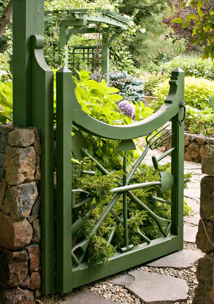Garden tool gate
