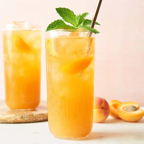 Apricot-Mint Iced Tea
