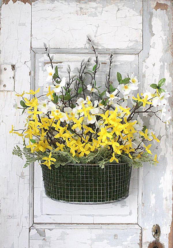 Cheery basket door decoration