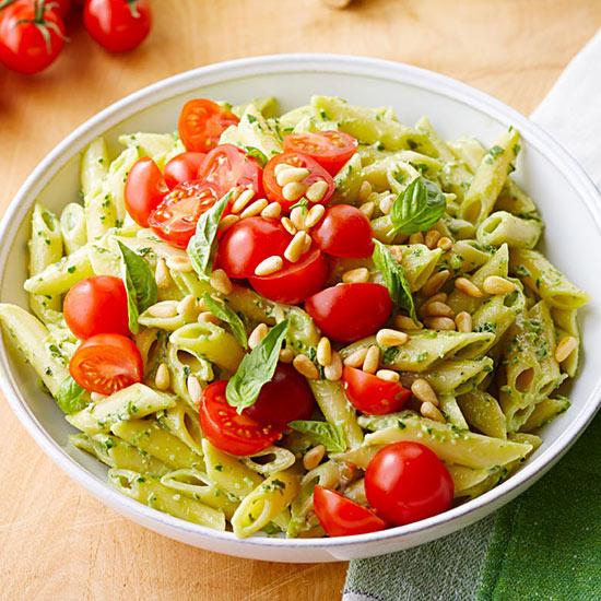 Creamy Spinach-Basil Pasta Salad