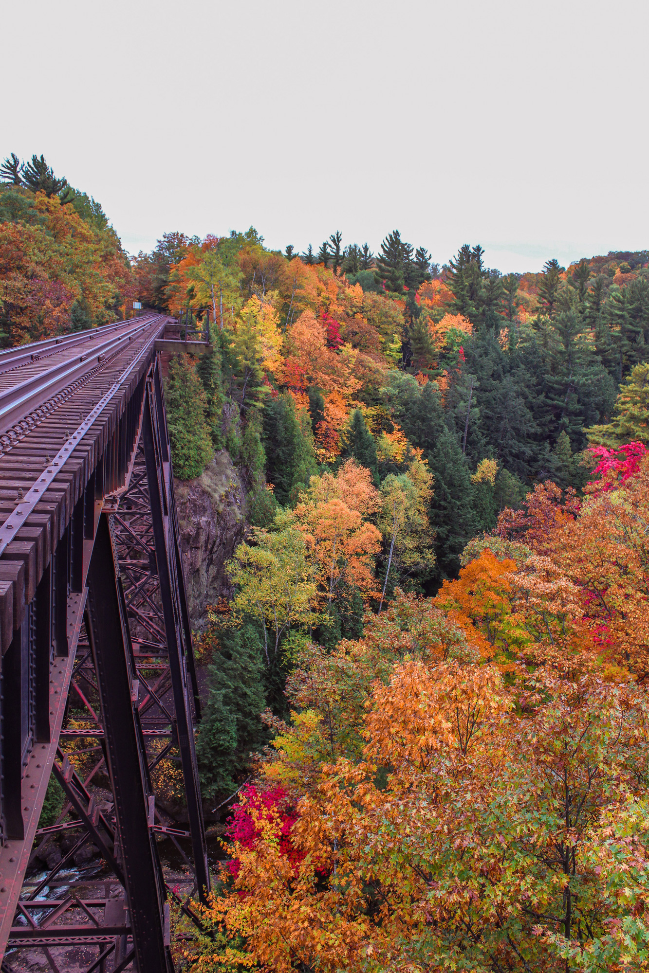 Great Spots to Find Fall Color in Michigan | Midwest Living