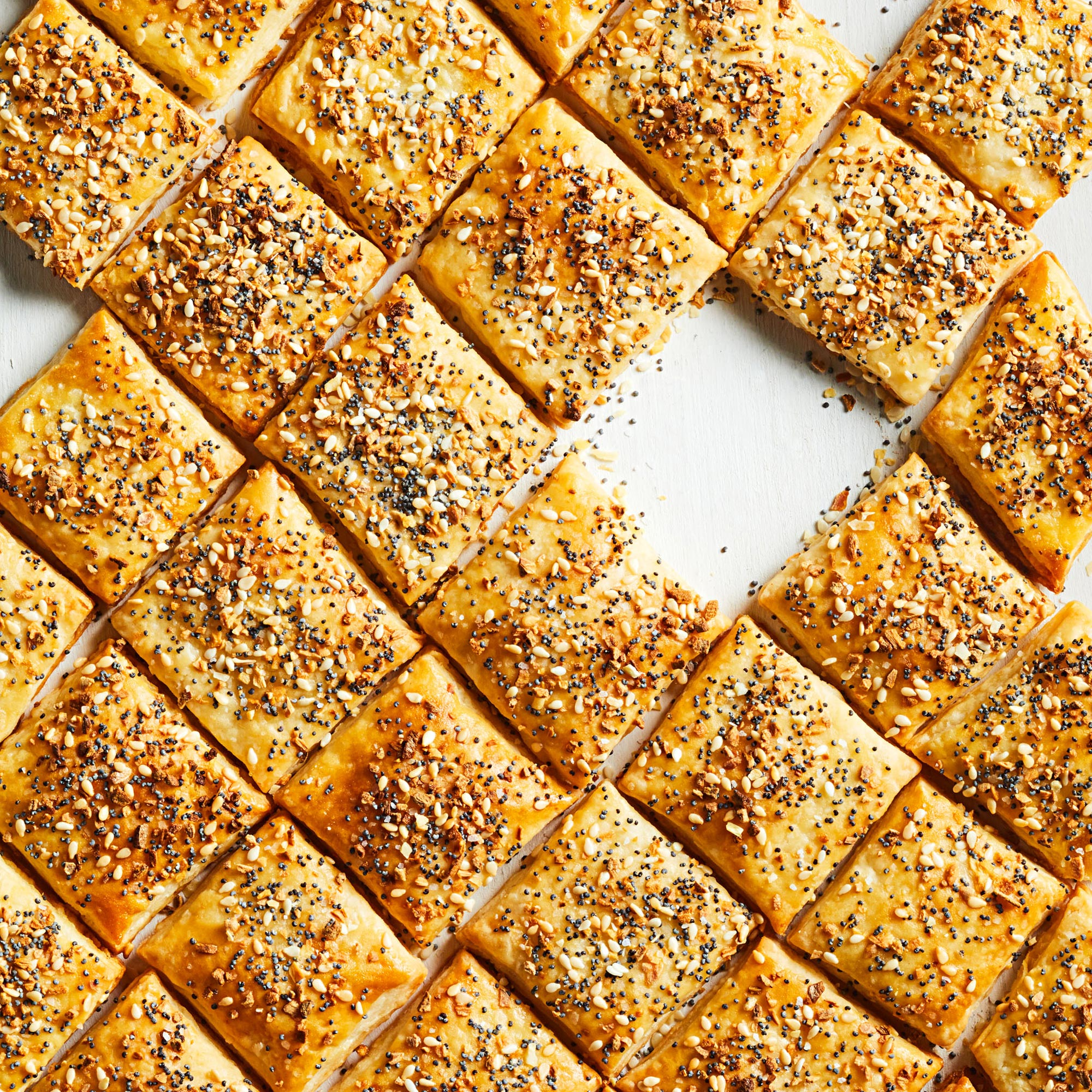 Piecrust crackers