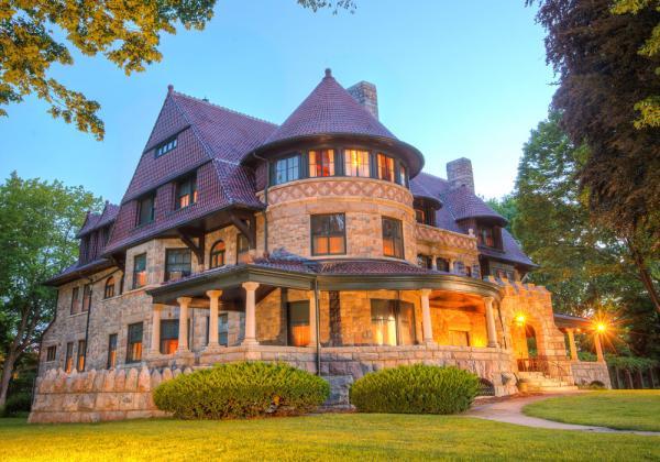 Oliver Mansion