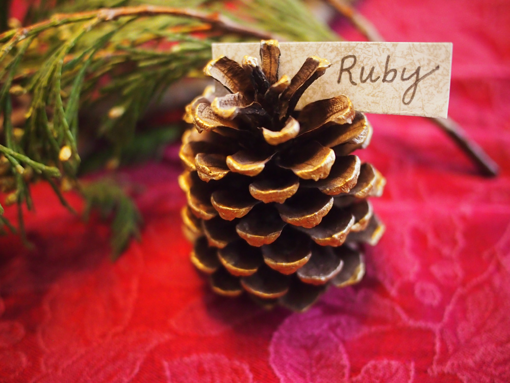 Dressing Up The Table With Pinecones Gives A Simple Yet Sophisticated Touch For Holiday Meals You Might Carry Woodland Theme Through Centerpiece As