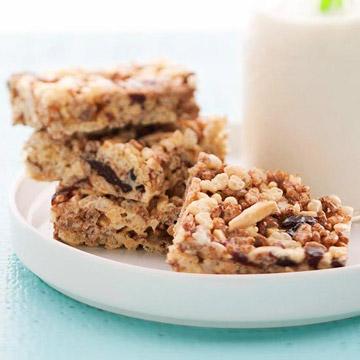 Crisp Cherry-Almond Bars with Marshmallows