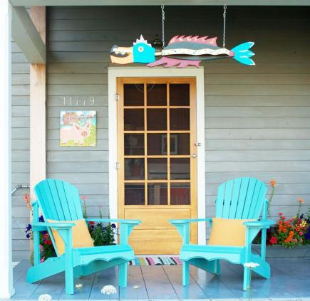 Little Big House 22 Ideas for Decorating on a Small Budget