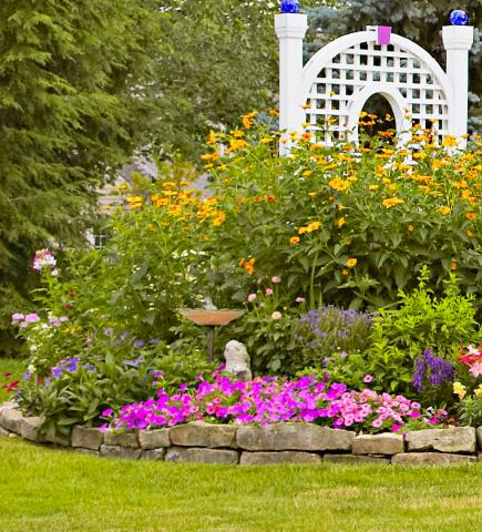 garden tour english style cottage garden in ohio - Garden Design Cottage Style