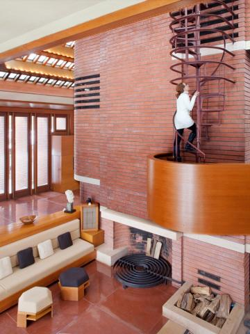 6 frank lloyd wright must see buildings midwest living for Frank lloyd wright stile prateria