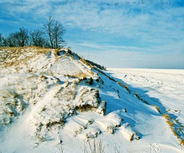 15 Reasons To Visit Lake Michigan In Winter Midwest Living