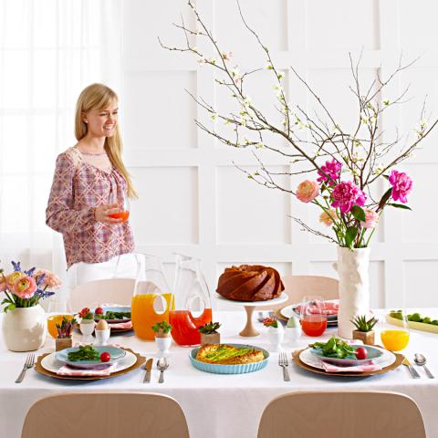 6 ideas for a modern easter brunch table midwest living Brunch table decorations