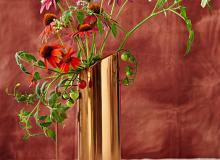 Cut flower arranging