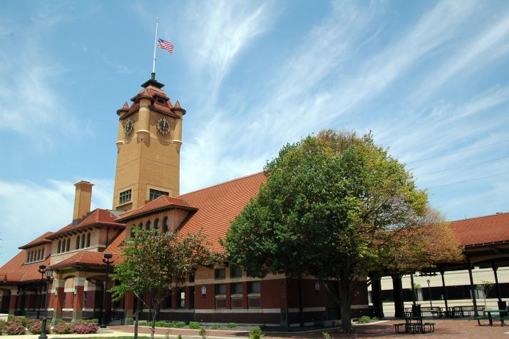 Springfield Il Train Depot Midwest Living