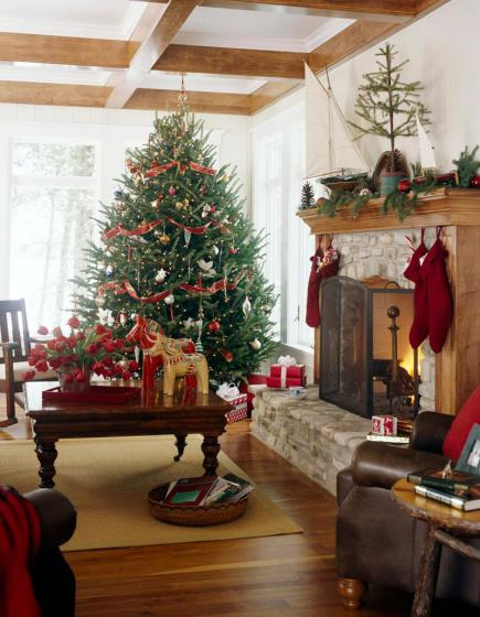 Christmas Decorations For Sitting Room : Christmas in a door county cottage midwest living