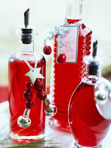 Holiday Cranberry Syrup & 35 Heavenly Homemade Food Gifts | Midwest Living