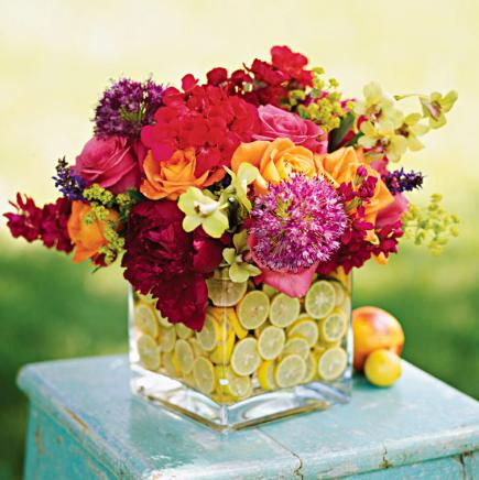 Colorful summer centerpieces midwest living for Small flower decorations for tables