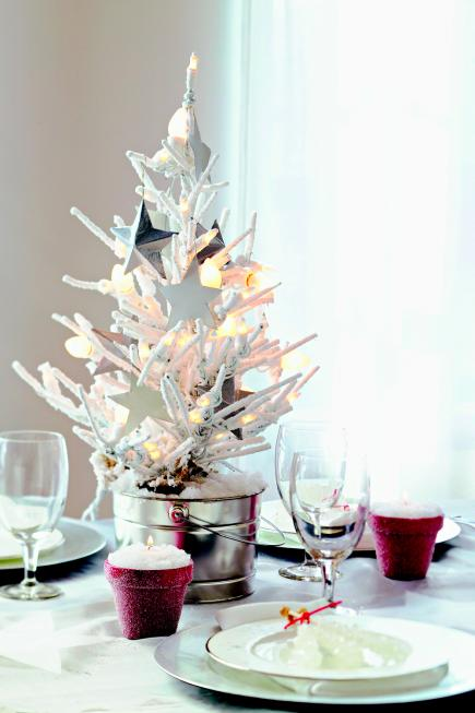 Christmas centerpiece ideas white tree & 50 Easy Christmas Centerpiece Ideas | Midwest Living