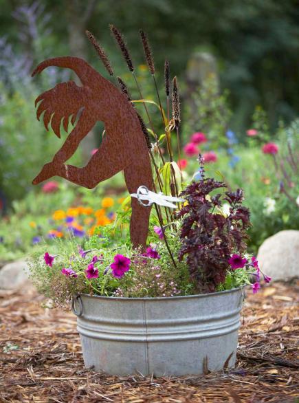 Garden Art Anyone Can Create