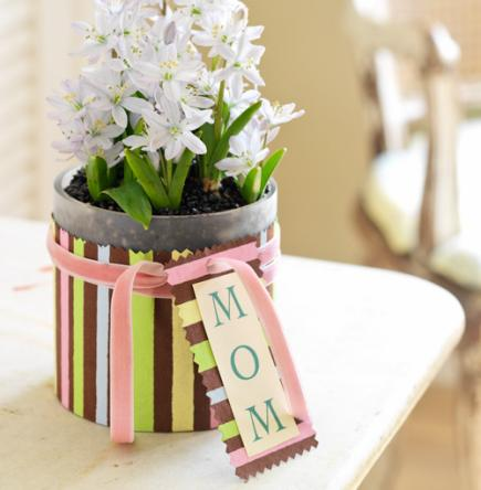 Easy Mother 39 S Day Decorations And Gifts Midwest Living