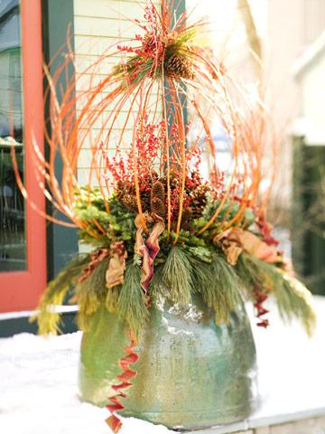 outdoor holiday decorating with natural materials midwest living - Natural Outdoor Christmas Decorations