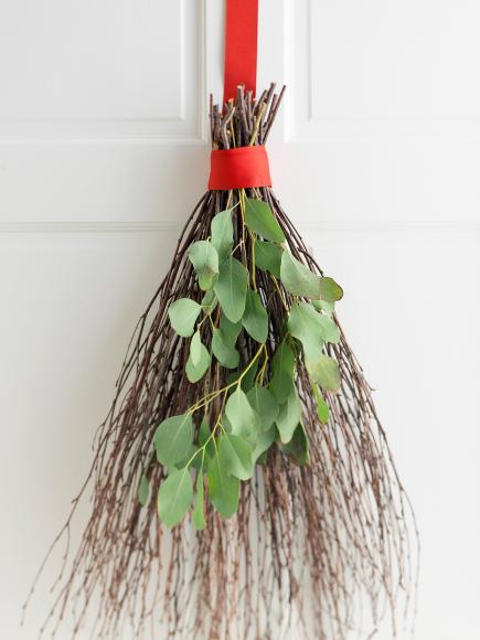 Twig door decoration