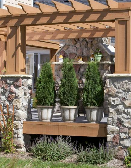 40 Ideas To Dress Up Your Deck Midwest Living Extraordinary Gardening Decorative Accessories