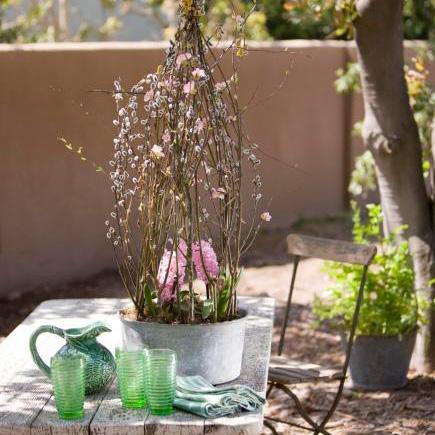 DIY spring floral centerpiece