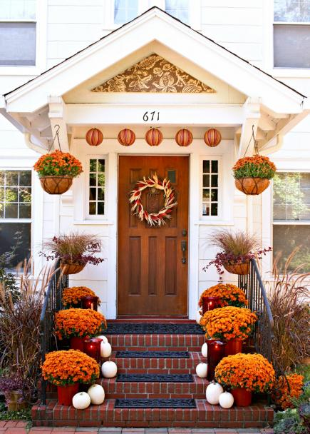 Fall Garden Decorating Ideas decorating garden ideas front yard front door decorations for spring christmas wreaths decorations contemporary fall front Mums