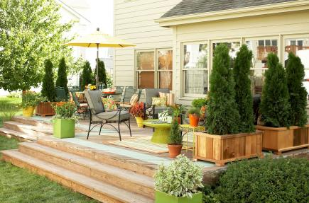 Decking furniture ideas Upcycled 30 Ideas To Dress Up Your Deck Midwest Living 30 Ideas To Dress Up Your Deck Midwest Living