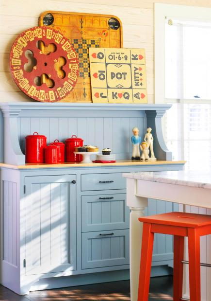 Kitchen decorating ideas Farmhouse Add Dashes Of Color Midwest Living 10 Country Kitchen Decorating Ideas Midwest Living
