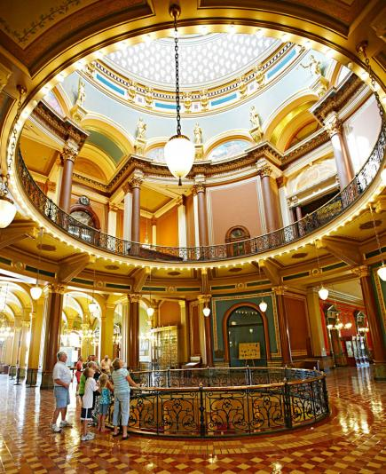 Top Attractions In Des Moines Midwest Living
