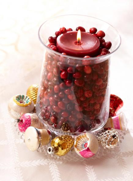 christmas centerpiece ideas cranberry candle - Christmas Table Decorations Centerpieces