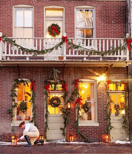 Main Street Christmas: Holiday Celebration in St. Charles ...