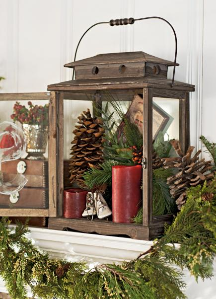 50 gorgeous holiday mantel decorating ideas - How To Decorate A Lantern For Christmas