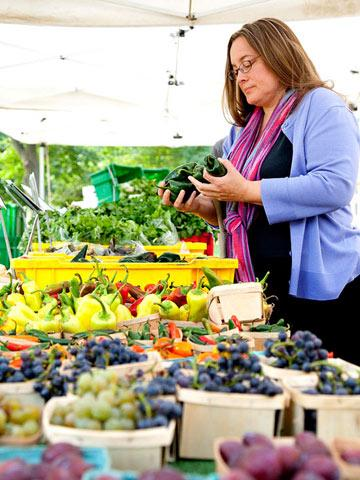 Sarah Stegner: Farmers market buying tips