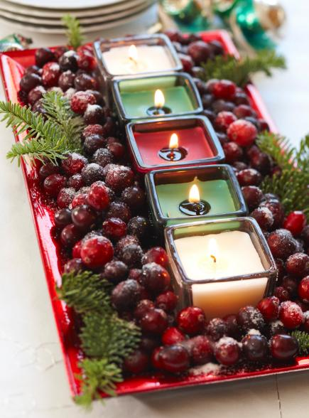 50 easy christmas centerpiece ideas - Christmas Table Decorations Centerpieces
