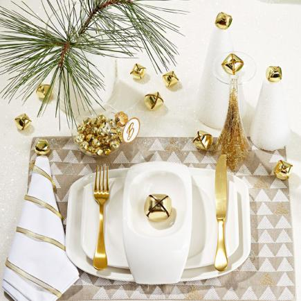 Bell-issimo!  sc 1 st  Midwest Living & Festive Holiday Tables | Midwest Living