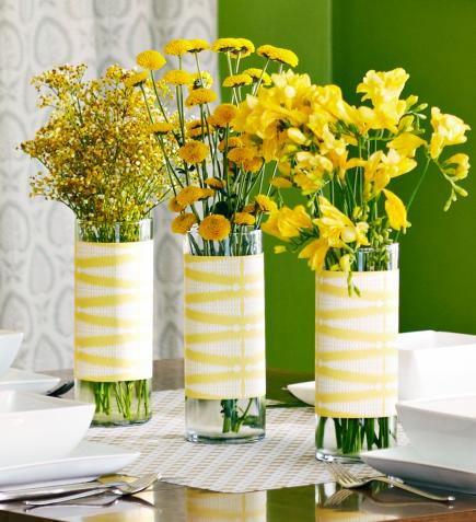 Spring centerpiece & 50 Easy Spring Decorating Ideas | Midwest Living