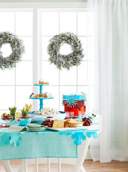 Simple holiday party