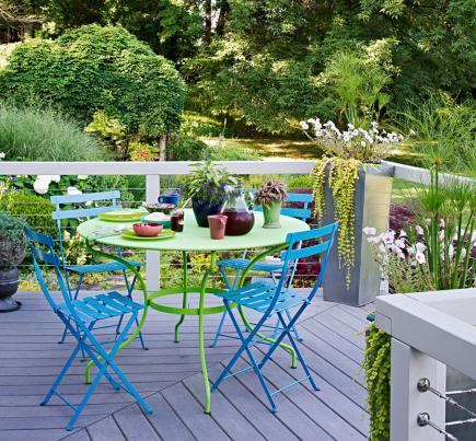 unify with color - Deck Decorating Ideas