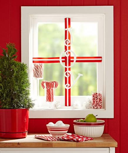 Christmas Decorations For Home Windows: 4 Ideas For Winter Window Decorating