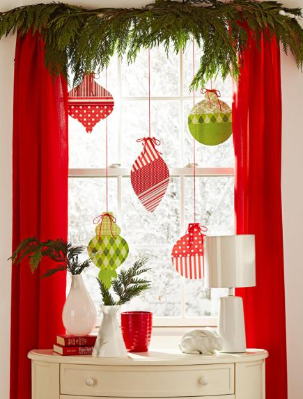 4 Ideas for Winter Window Decorating   Midwest Living