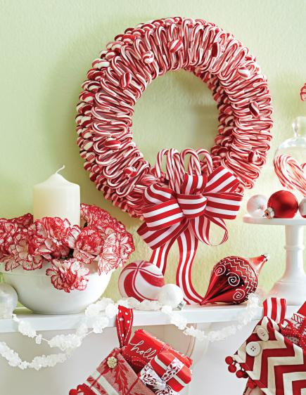 50 Beautiful Holiday Wreaths | Midwest Living