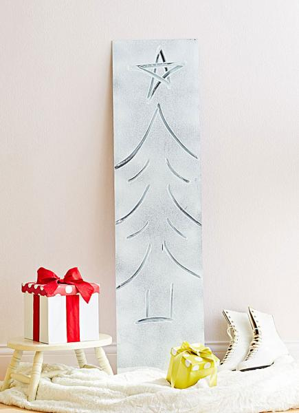 9 cleverand cheapdiy christmas tree alternatives - Christmas Tree Cheap