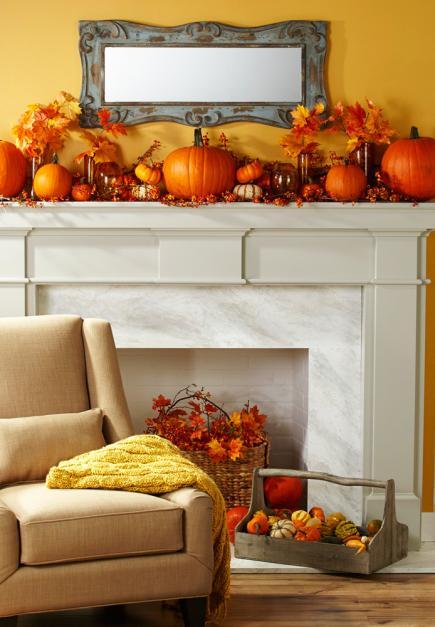 Mantel decor for fall