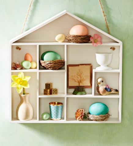 Spring shelf